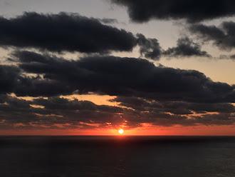 フィリピン海の夕陽