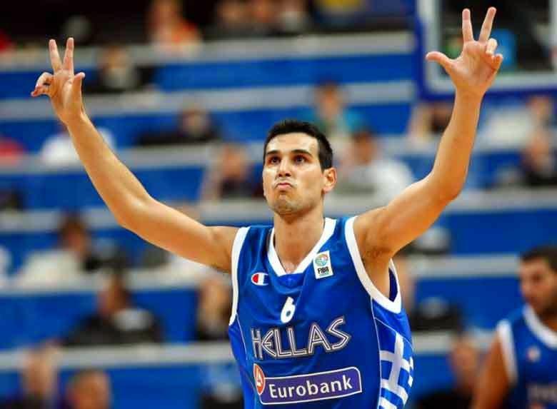 http://www.sport24.gr/Columns/dedopoulos/sto_pyr_to_ekswteron.3068714.html