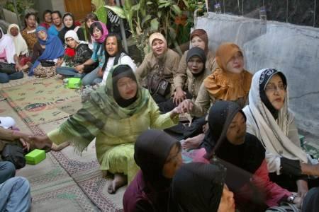 Pesantren Waria di Yogya Dipaksa Tutup