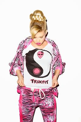fotos de trukfit mujer ropa chanel west coast