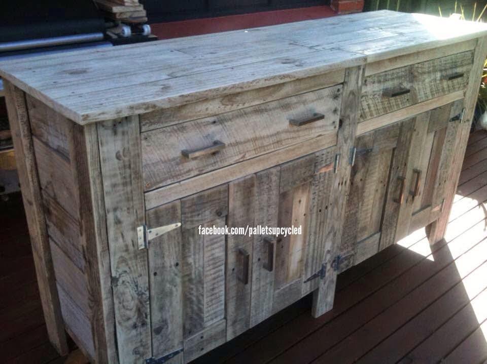 Idea de c moda hecha con tablas de palets for Como hacer una comoda de madera pdf