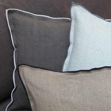 domiciles mobilier contemporain caravane nouvelles. Black Bedroom Furniture Sets. Home Design Ideas