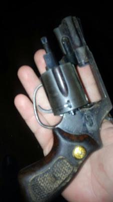 Policia apreende arma de fogo após roubo em Acopiara