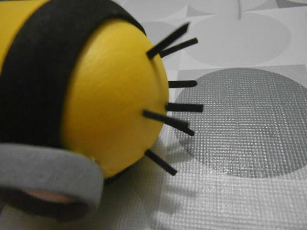 Minion de un ojo en goma eva