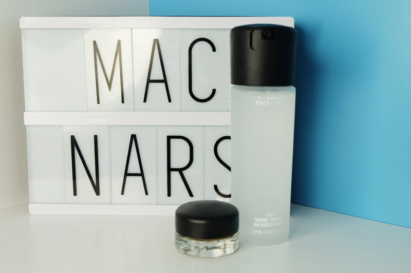 Haul with MAC Prep and Prime Fix+, Soft Ochre Paint Pot