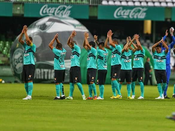 Na estreia da nova camisa, Coritiba vence mais uma