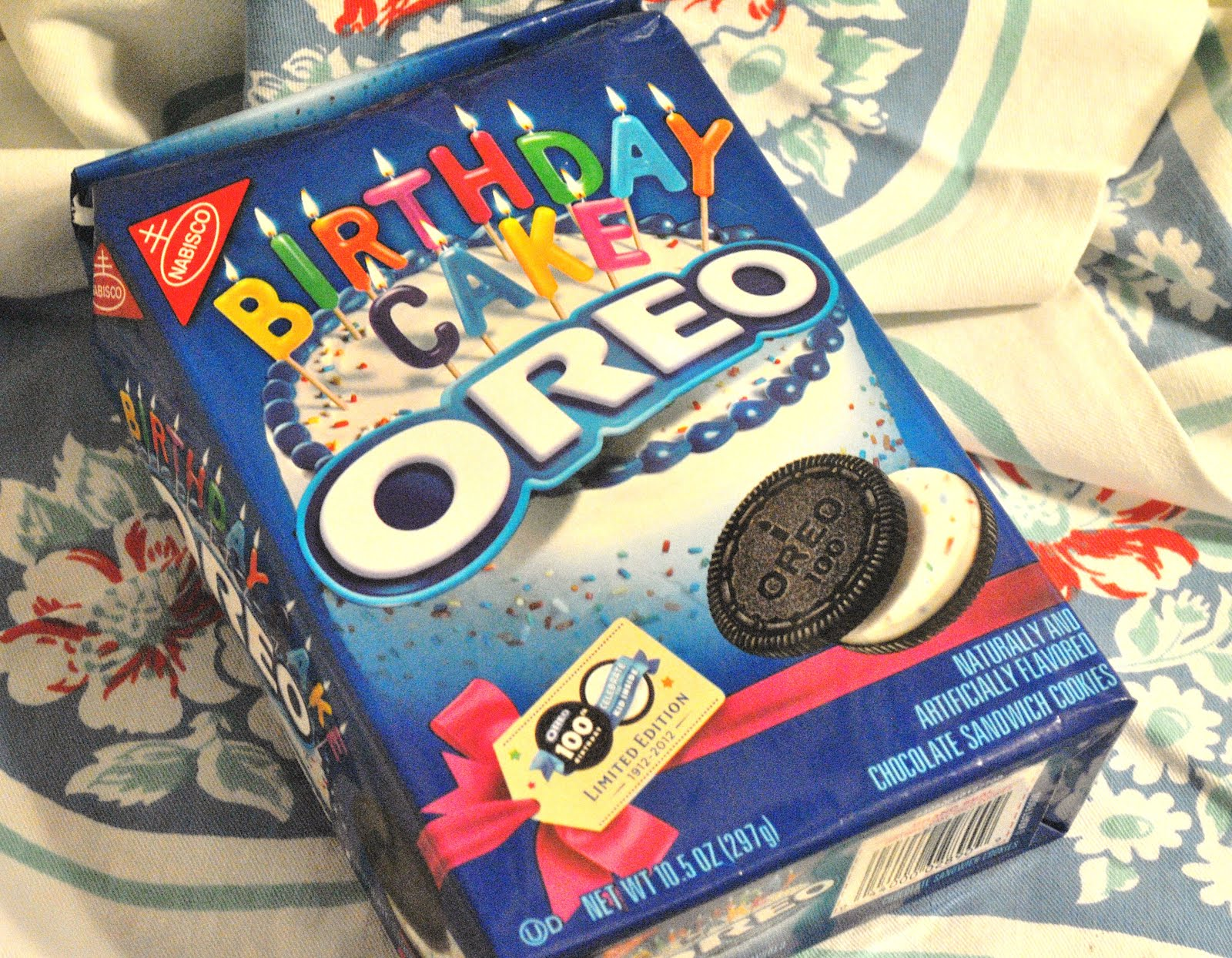 Birthday Cake Oreos Foodette Reviews