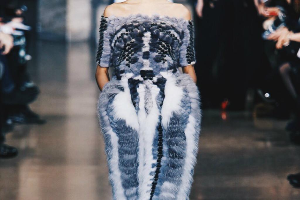 Ana Maddock- Yiqing Yin Paris Haute Couture Fashion Week SS16