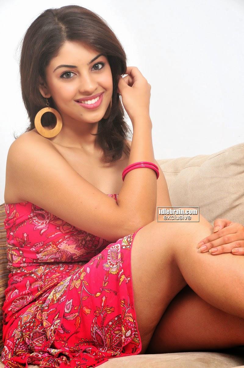 Richa Gangopadhyay hottest