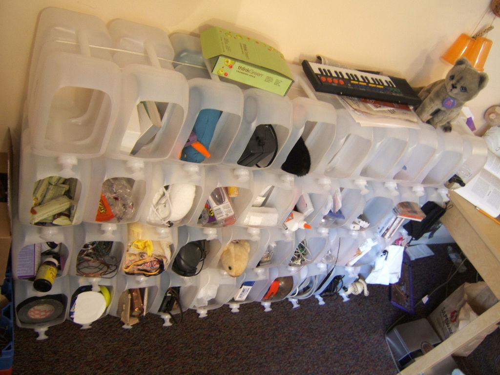 Поделки для гаража из пластиковых бутылок