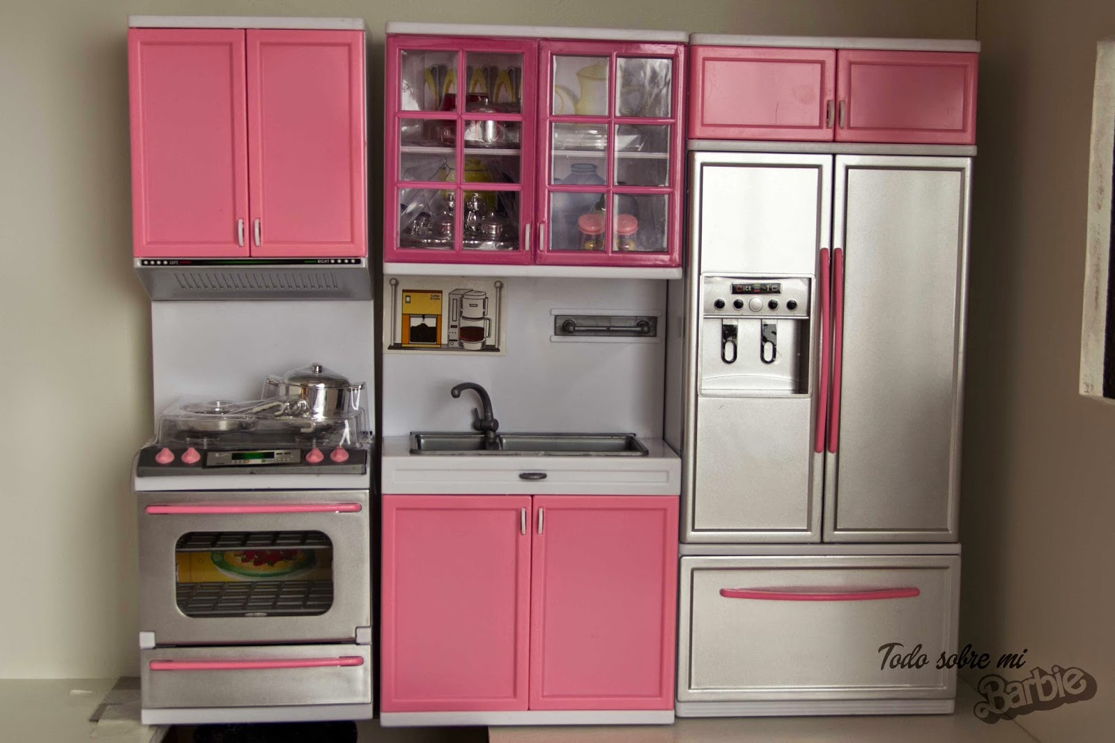 Todo sobre mi Barbie: Regalos de cumple II, cocina