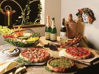Pizza i šampanjac na stolu slike besplatne pozadine za mobitele download