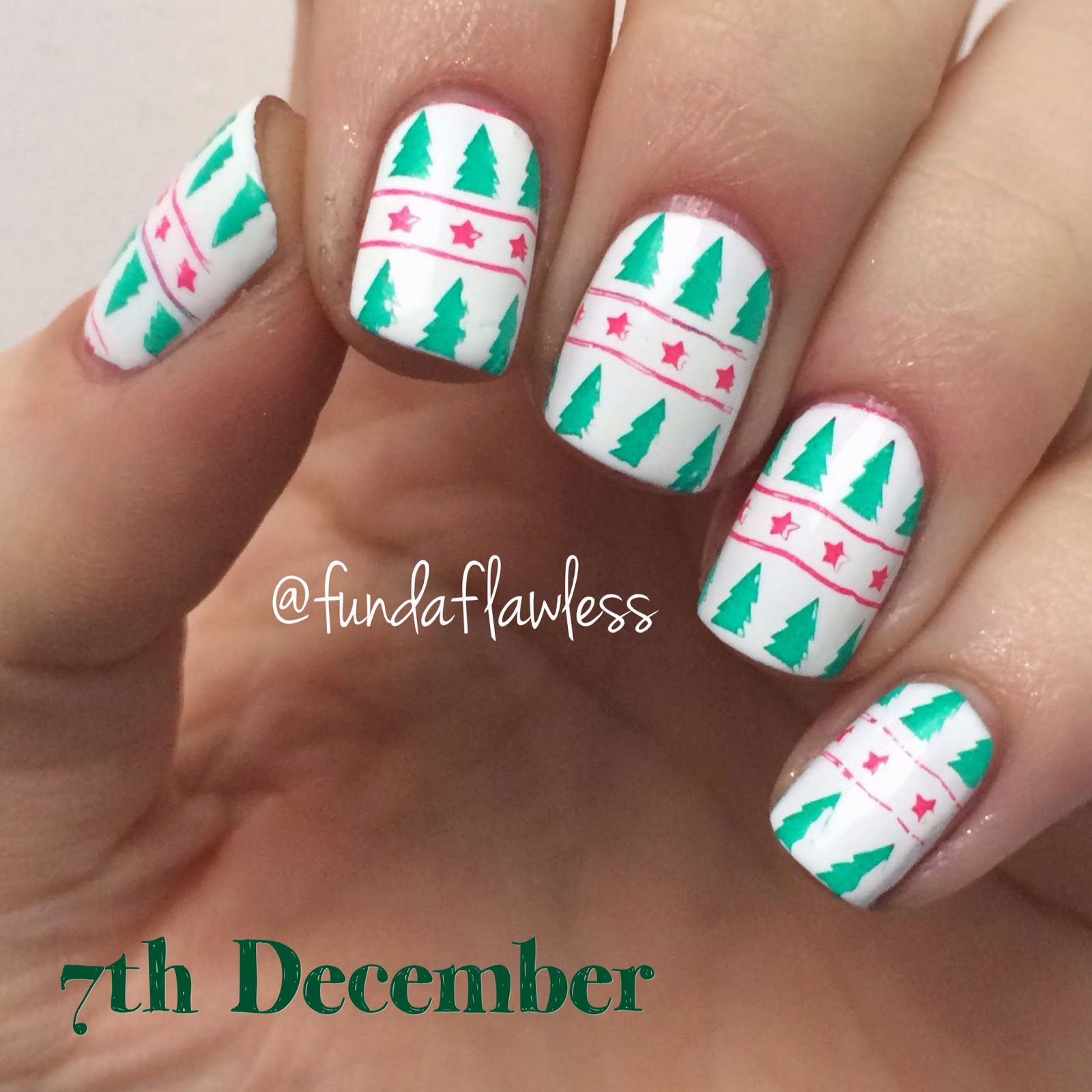 Christmas Tree MoYou Festive Collection Nail Art