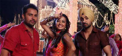 Aaja Bhangra Pa Laiye Song Lyrics - Saadi Love Story (2012)