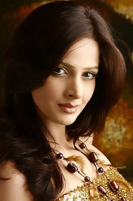 Photos of Drama actress/model Saba Qamar