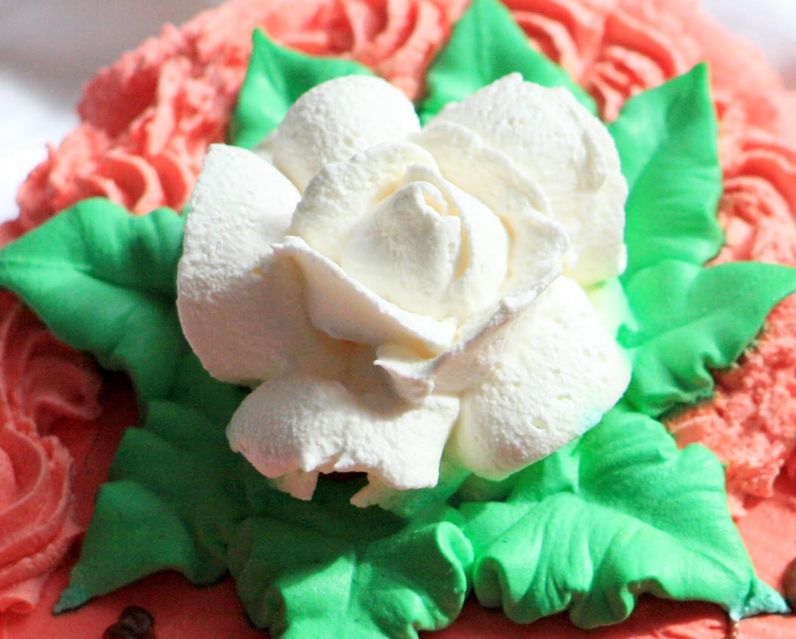 Как делать розочки из крема