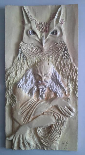 escultura coruja