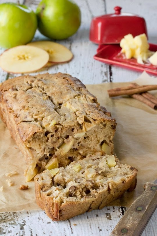 http://www.thekitchn.com/recipe-brown-butter-apple-loaf-recipes-from-the-kitchn-199777