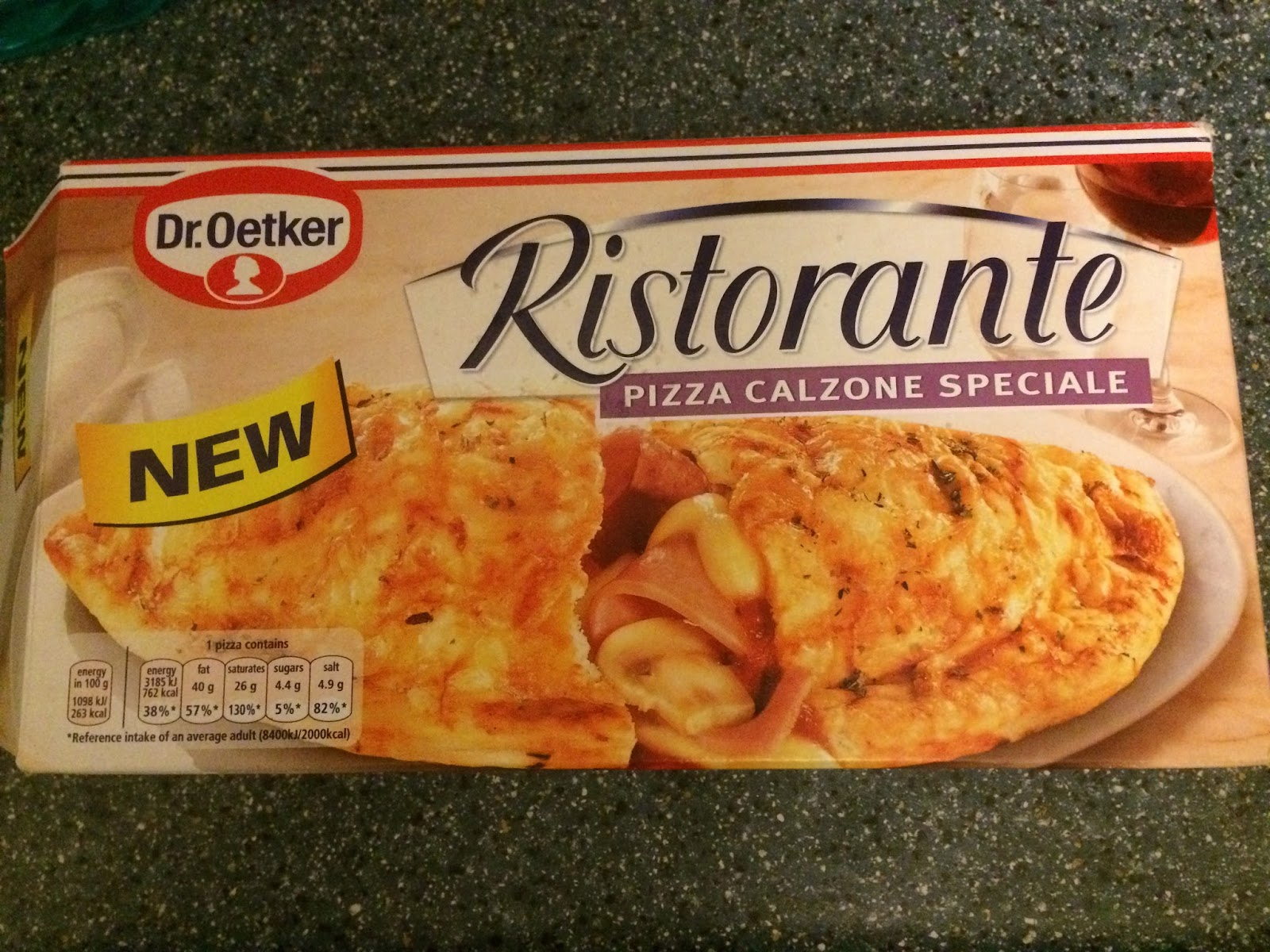 a review a day today 39 s review dr oetker ristorante pizza calzone speciale. Black Bedroom Furniture Sets. Home Design Ideas