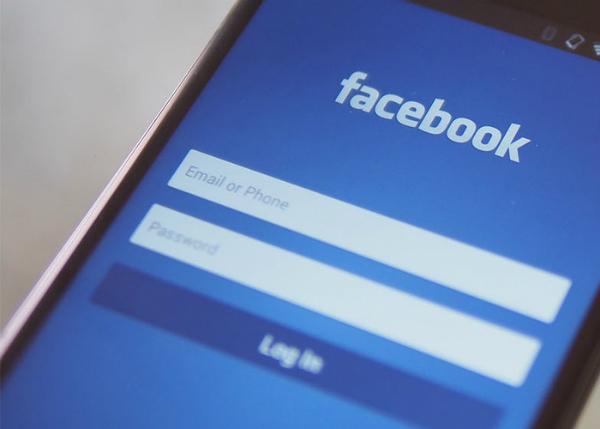 تقرير: فيسبوك تقوم بممارسات غريبة لاختبار المستخدمين !