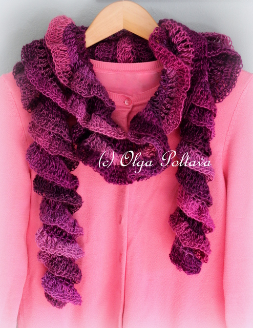 Free Ruffle Yarn Crochet Patterns : Lacy Crochet: Petunia Ruffled Scarf