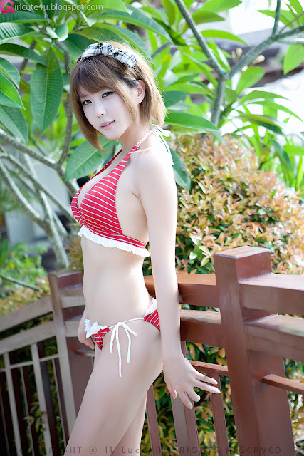 Heo-Yun-Mi-Red-and-White-Bikini-14-very cute asian girl-girlcute4u.blogspot.com