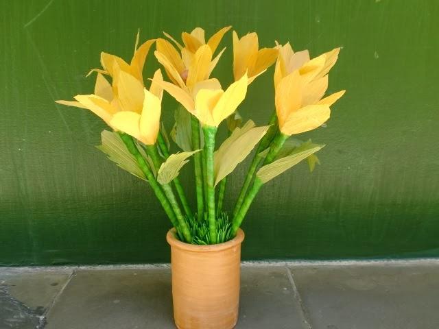 Cara Membuat Bunga dari Kulit Jagung kerajinan tangan