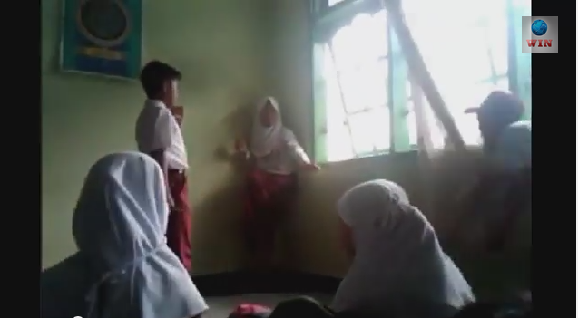 Video Pemukulan Anak SD Bukittinggi
