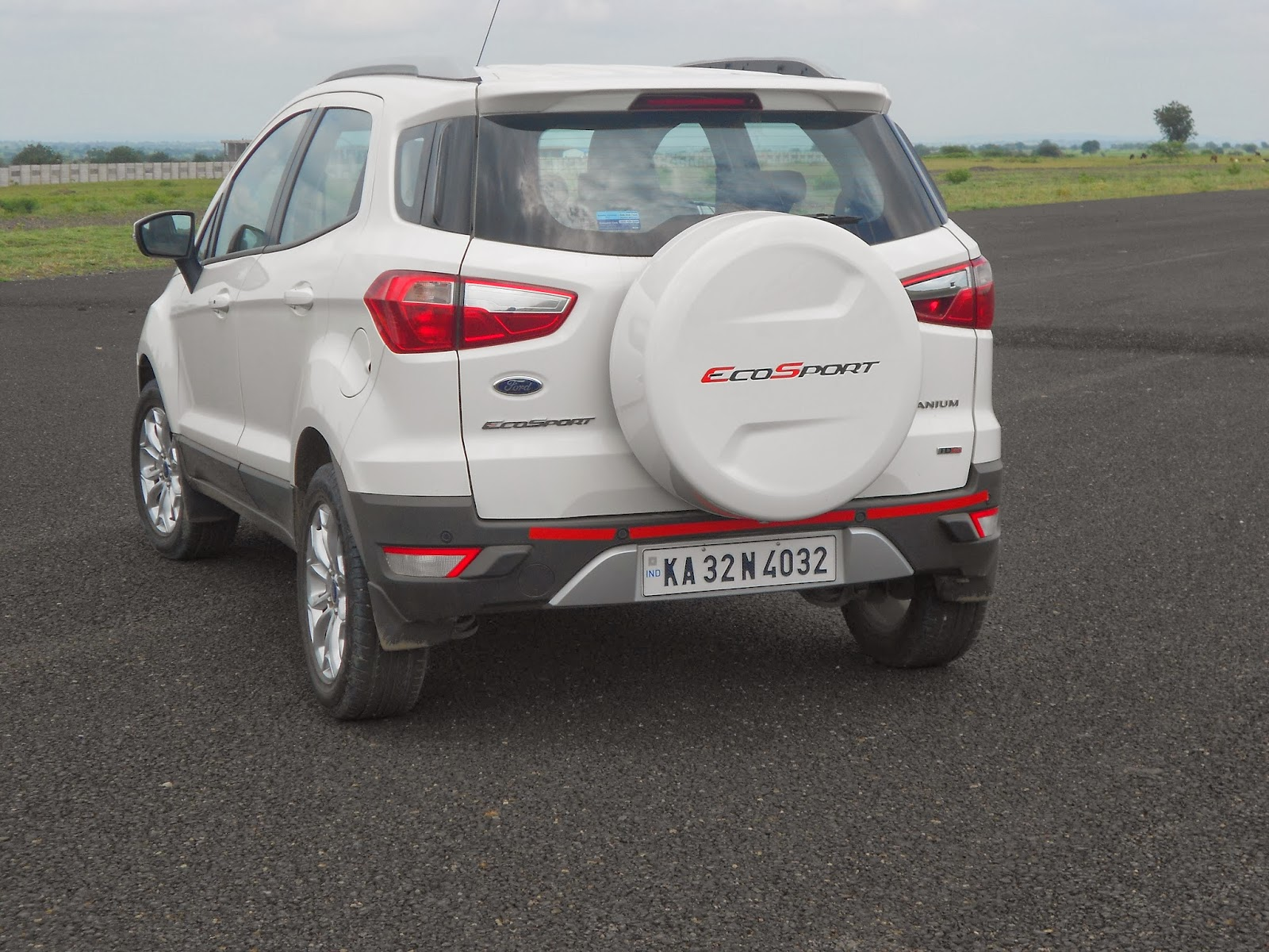 Ford Ecosport Back Wheel Cover