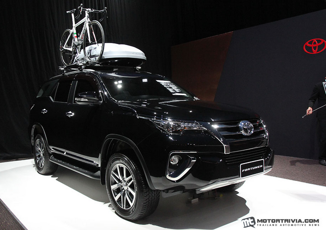 All New Toyota Fortuner 2015 Black Mica