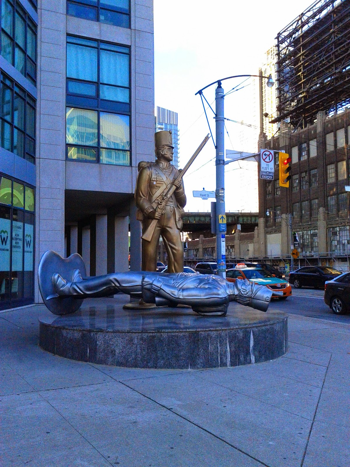 Fort York soldier statue