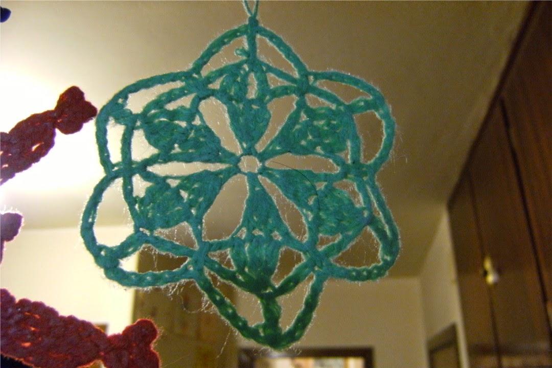 Estrella verde de ganchillo o crochet árbol de navidad