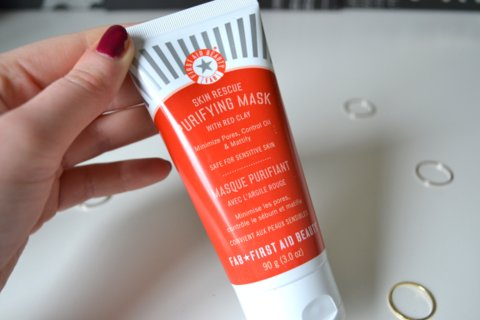 First Aid Beauty Skin Rescue Purifying Mask