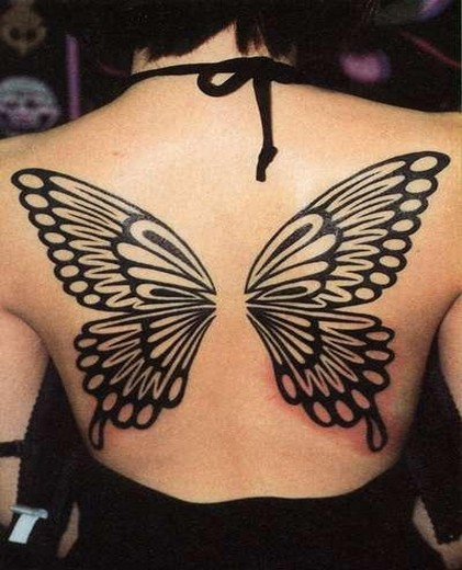 tatouage ailes dans le dos - Tatouages et motifs de anges passionnés