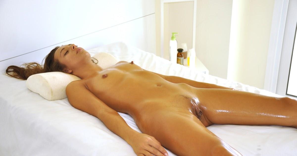 Сеанс интимного массажа
