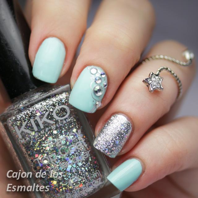 Uñas decoradas con piedras, glitter y Kiko 657 - Cajon de los esmaltes