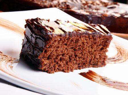 Bolo de Chocolate com cbertura