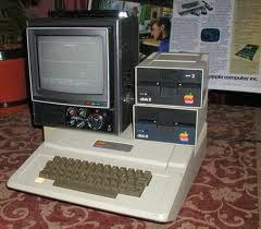 logo Sejarah perkembangan komputer