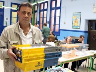 """""""Absoluta normalidad"""" en los colegios electorales, a pesar de la lluvia y de pequeños incidentes"""