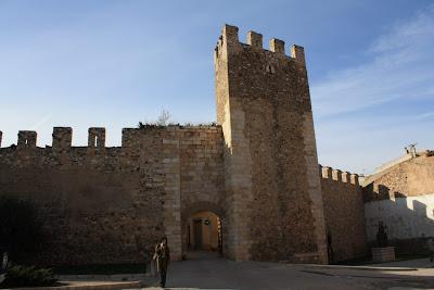 Montblanc city walls