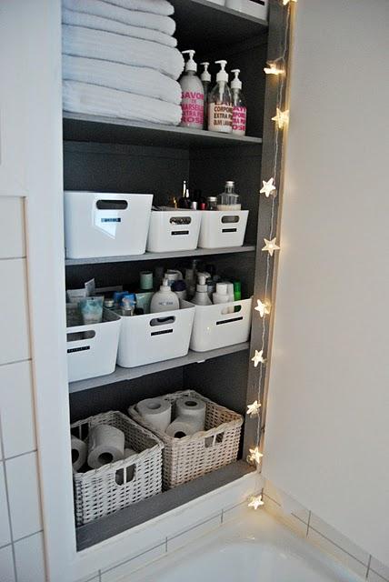 Nuevos usos cajas de cocina rationell de ikea en el - Ikea armarios bano ...