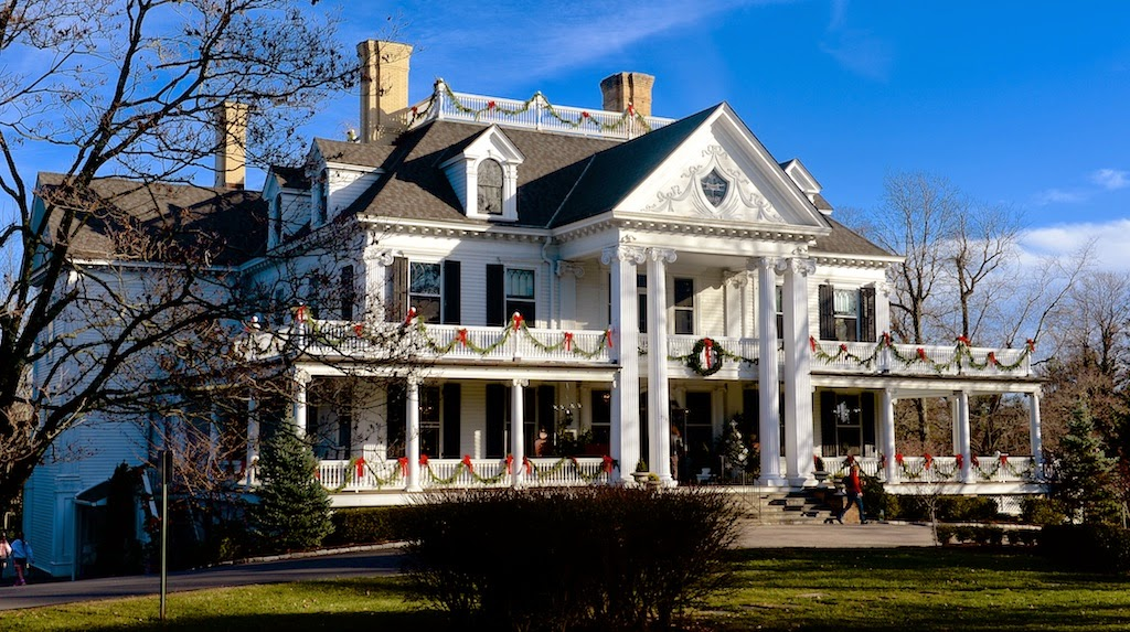 Historic Lounsbury House in Ridgefield, CT