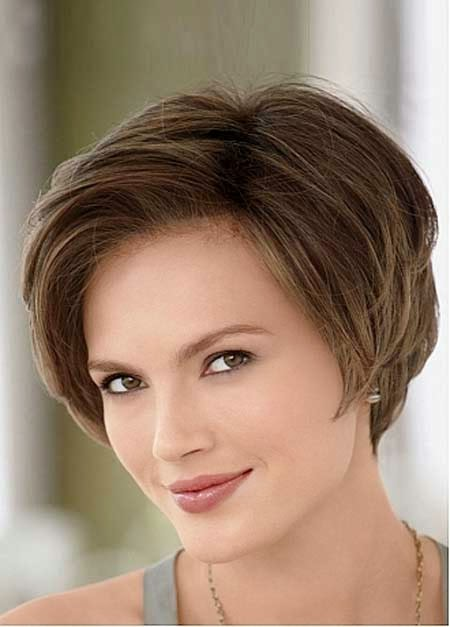 Korte kapsels voor vrouwen en de meest gewilde kort haar  - Klassieke Kapsels Kort Haar