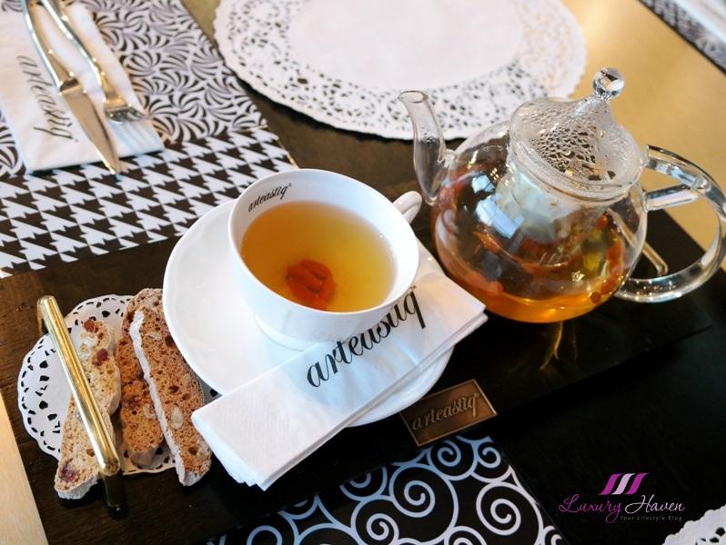 arteastiq hot oolong osmanthus tea review