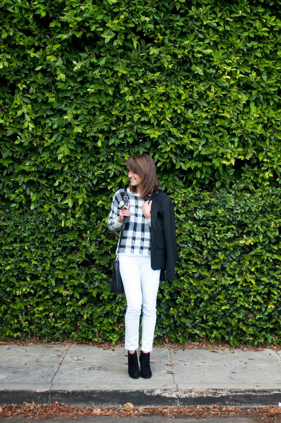 white-and-black-plaid-outfit