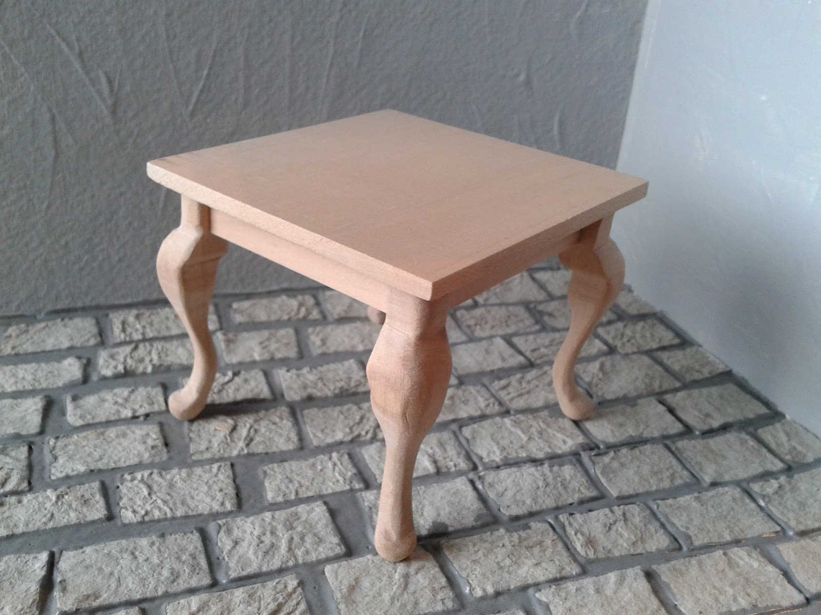 Illyria s Miniatures Table with cabriole legs