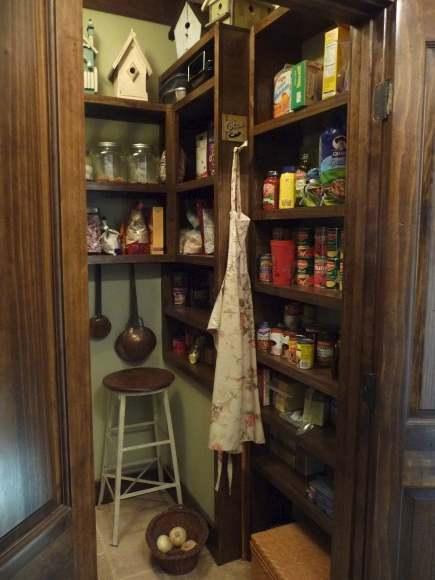 LaurieAnna s Vintage Home The Farmhouse Pantry