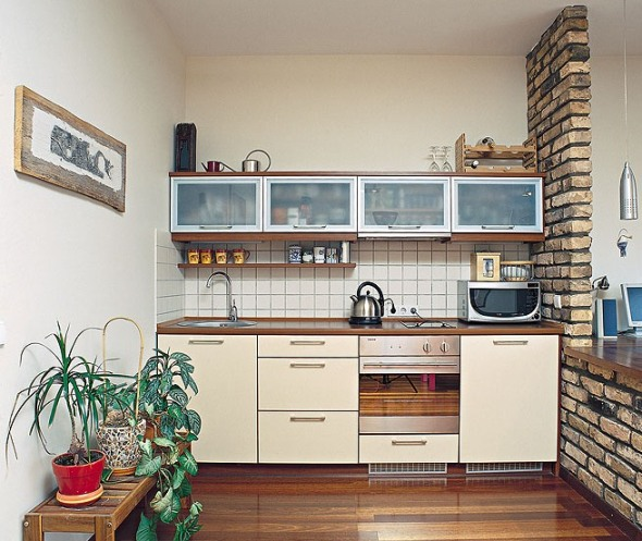 Small kitchen design ideas budget afreakatheart for Tiny kitchen remodel