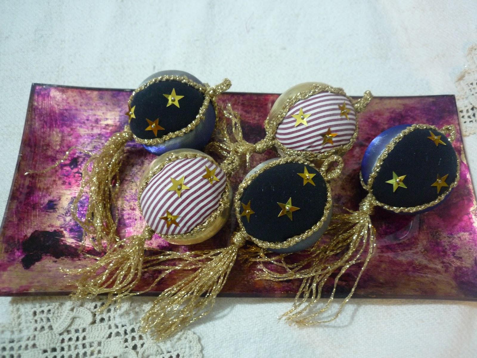 Uncinetto ricamo addobbi natalizi palline patchwork for Addobbi natalizi uncinetto