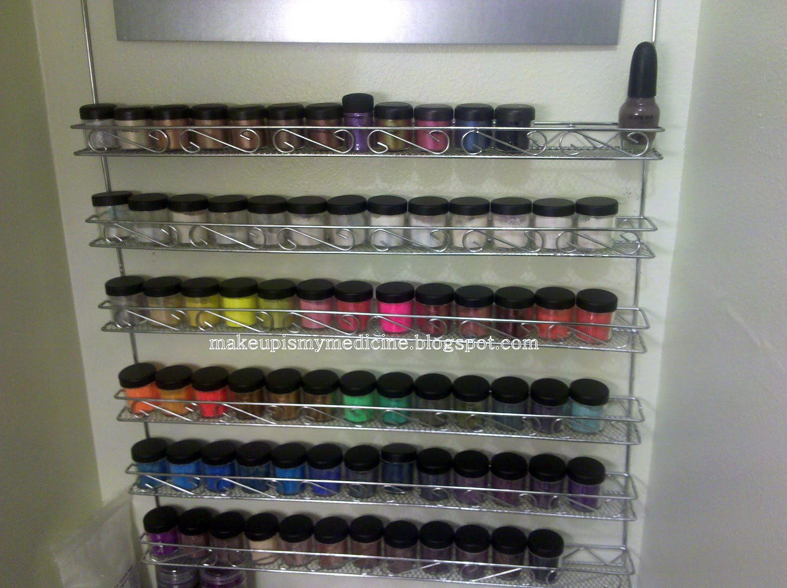 Makeup Is My Medicine: Storage & Organization: Pigments
